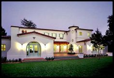 Spanish Style House Deep Front Porch With Arches
