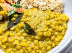 Yellow Split Pea Dahl [Vegan] - One Green PlanetOne Green Planet Trim Healthy Recipes, Pea Recipes, Veggie Recipes, Indian Food Recipes, Whole Food Recipes, Vegetarian Recipes, Veggie Dinners, Savoury Recipes, Dahl Recipe Yellow