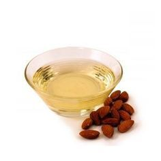 Almond oil skin benefits for skin include using it straight as a cleanser and also as a base in moisturizing lotions, creams and balms like the ones below. Almond Oil Uses, Sweet Almond Oil, Natural Eye Cream, Natural Eyes, Natural Glow, Almond Benefits, Oil Benefits, Dry Scalp, Dry Skin