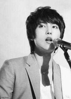 CNBLUE - Lee Jong Hyun