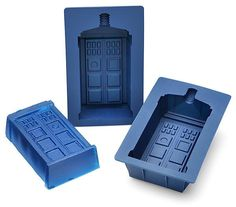 @Michele Morales Morales Guthrie - you need this!!! TARDIS Silicone Mold Takes Your Food Through Time and Space