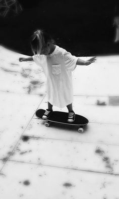 Lil skater chick.