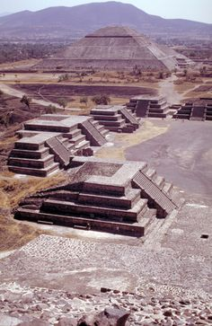 ancient building of Teotihuacan