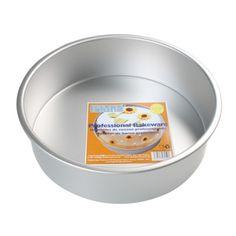 Los Moldes PME para pasteles de aluminio anodizado sin soldadura, proporcionan una conducción del calor ideal. Los Moldes PME redondos vienen en 14 tamanos.