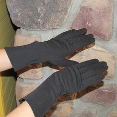 Vintage 1950s Black Gloves / J.C.Penney by ladysslippervintage