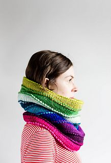 Rainbow Magicowl, knitting pattern by Elizabeth Brassard for sale on Ravelry