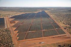 Imagem do Dia: Concluída a Construção da Maior Central Solar de África