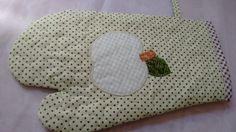 Luva de cozinha, tecido 100% algodão, forrada com quilt e manta
