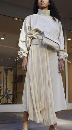 Wunderkind Spring 2019 Ready-to-Wear-Kollektion – Vogue - Fashion Details. Fashion Details, Look Fashion, Trendy Fashion, Runway Fashion, Spring Fashion, Womens Fashion, Cheap Fashion, Fashion 2018, Latest Fashion