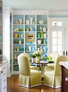 8 примеров ярких полок в вашей квартире