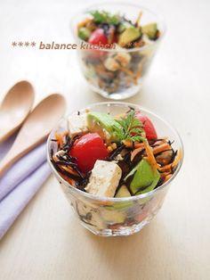簡単!デリ風 ひじきとアボカドのお豆腐サラダ by 河埜 玲子 「写真がきれい」×「つくりやすい」×「美味しい」お料理と出会えるレシピサイト「Nadia | ナディア」プロの料理を無料で検索。実用的な節約簡単レシピからおもてなしレシピまで。有名レシピブロガーの料理動画も満載!お気に入りのレシピが保存できるSNS。