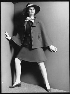 "Nina Ricci P/E 1968 ""Promenade"". Mannequin Bettina Lauer."