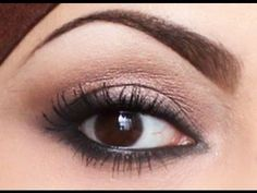 QUICK EASY Natural smokey eyes (Looks really easy for a soft daytime smokey eye look, just with MAC Satin taupe, soft brown and carbon and a black eyeliner! Another one worth a try ;D.. )