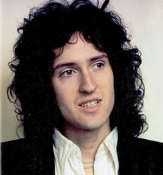 Today (19th of July) this rock legend turns 70 years. Happy 70th birthday Brian May.❤ Good luck to the future you legend :)