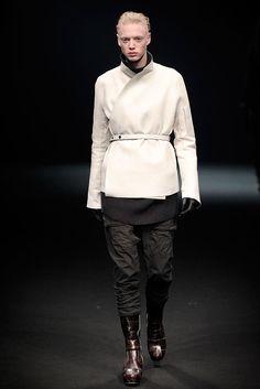 Rick Owens Fall 2010 Menswear Collection Photos - Vogue