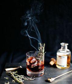Sleepy Hollow Cocktail // Halloween Cocktails