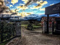 Entardecer na Vinícola Luiz Argenta  #Strava #MTB #Bike #treino #Live #Pedal #love #autumn #doleitorpio #beautifulday #sport #bicicleta #photo #beautiful #pedaleiros #ciclista #floresdacunha #serragaucha #outono #aventura #adventure #frio #happy #peace #esporte #saude #nature #natureza #god #luizargenta