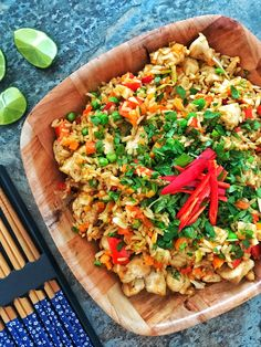 Thai style chicken satay fried rice – The Slimming Foodie Actifry Recipes Slimming World, Slimming World Chicken Dishes, Slimming Recipes, Rice Dishes, Tasty Dishes, Best Rice Recipe, Thai Chicken Satay, Thai Fried Rice, Eating Eggs
