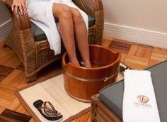 Escalda-pés de gengibre e cravo estimula a circulação e combate varizes