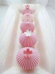 Sakura Cherry Blossom Mini Cupcakes