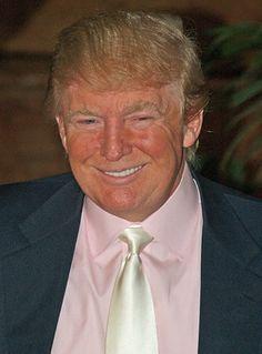"""""""Sólo trabajo con los mejores. No se trata de los mejores CV, sino de la actitud correcta""""Donald Trump vía @F_motivacion"""