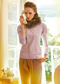 Пуловер прямого кроя - выкройка № 113 А из журнала 11/2014 Burda .