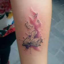 Resultado de imagem para watercolor books tattoos