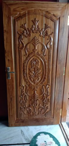 Wooden Front Door Design, Wooden Front Doors, House Front Design, Single Main Door Designs, Wood Door Frame, Modern Wooden Doors, Window Grill Design, Village House Design, Wood Carving Patterns