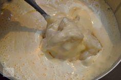 Nuci umplute cu crema - CAIETUL CU RETETE Ice Cream, Desserts, Food, No Churn Ice Cream, Tailgate Desserts, Deserts, Icecream Craft, Essen, Postres