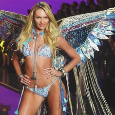 Candice at Boho Psychedelic section in the VS Fashion Show 2015 @angelcandices #candiceswanepoel #sexy #victoriassecret #vsfashionshow #vsangel #beautiful
