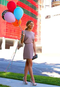 Love the Dress and Shoes. Kristin Cavallari in Chinese Laundry.