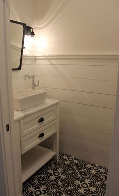Beautiful farmhouse bathroom remodel decor ideas (34)