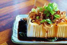 Silken Tofu with Soy Sauce and Chili Oil Recipe . Silken tofu drizzled with good quality soy sauce, chili oil, and sesame oil. Tofu Dinner Recipes, Lentil Recipes, Vegetarian Recipes, Easy Healthy Recipes, Asian Recipes, Healthy Food, Silken Tofu Recipes, Shallot Recipes, Gastronomia