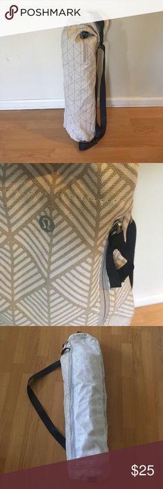 LULULEMON YOGA MAT BAG Barely used. Two extra pockets. Holds your standard mat! lululemon athletica Bags