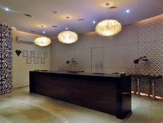 Your #LuxuryExperience starts here. // Su #ExperienciaDeLujo empieza aquí.