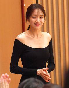 Korean Actresses, Korean Actors, Actors & Actresses, Lee Sung Kyung Photoshoot, Korean Celebrities, Celebs, Weightlifting Fairy Kim Bok Joo, Joo Hyuk, Blackpink Fashion