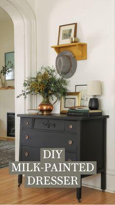 Refurbished Furniture, Furniture Makeover, Painted Furniture, Furniture Projects, Home Projects, Diy Furniture, Chalk Paint Dresser, Room Decor Bedroom, Bedroom Table