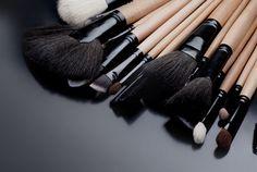 Comment utiliser les pinceaux pour se maquiller ?