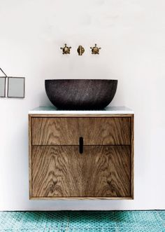 Beautiful contrasts // dark oiled oak vanity with Made a Mano natural lava stone sink and Made a Mano dark copper green Komon tiles. Aqua Bathroom, Wood Bathroom, Bathroom Furniture, Bathroom Interior, Modern Bathroom, Small Bathroom, Master Bathroom, Design Bathroom, Minimal Bathroom