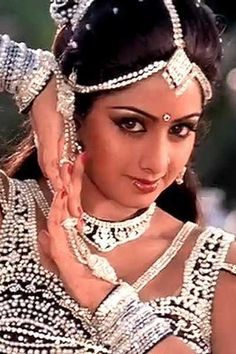 15 The Best Sridevi Kapoor Looks You will Miss - Fazhion Bollywood Actress Hot Photos, Beautiful Bollywood Actress, Beautiful Indian Actress, Bollywood Pictures, Indian Celebrities, Bollywood Celebrities, Indian Photoshoot, Indian Goddess, Vintage Bollywood