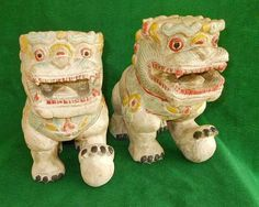 Pair Chinese Vtg Wood Fu Foo Dog Polychrome Lions Statue Hand Carving Painted