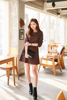 Check Line Tie Dress