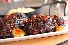 Rôti de palette Boucherie Lorrain Meat Chickens, Time To Eat, Chicken Recipes, Steak, Food, Meat, Cooker Recipes, Meal Prep, Eat