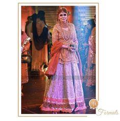 Beautifully festive in a #FarahTalibAziz lengha choli at a recent Mehndi in Lahore #FTAweddingwear #FestiveFeels ✨