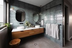 The fabulous australian designer and founder of Studio Black illustrates the best hints to design a luxurious and modern small bathroom Blue Bathroom Interior, Modern Bathroom, Masculine Bathroom, Marble Bathrooms, Small Bathrooms, Bad Inspiration, Bathroom Inspiration, Bathroom Inspo, Bathroom Designs