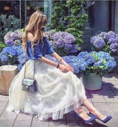 Just came across the beautiful blue and they matched my outfit💙✨ Royal Dresses, Cute Dresses, Flower Girl Dresses, Maxi Dresses, Paris Chic, Mode Lolita, Holiday Outfits Women, Looks Chic, Mode Inspiration