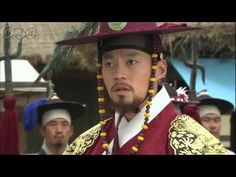 5分でわかる「イ・サン」~第64回 権力の光と影~ 朝鮮王朝第22代王、正祖(チョンジョ)、名はイ・サン。偉大な王として多くの功績を残したイ・サンの波瀾万丈の生涯を描く歴史エンターテイメント・ドラマ。「チャングムの誓い」のイ・ビョンフン監督作品。主演は、イ・ソジン。韓国では最高視聴率38%を記録し、あまりの人気に話数が延長された話題作。    第64回「権力の光と影」  会議の席でチェ・ソクチュが亡き元嬪(ウォンビン)の養子、完豊君(ワンプングン)の世子(セジャ)冊立を進言し、老論(ノロン)派の重臣たちが賛同する。思いもよらぬ提言にサンは驚き、元嬪の兄であるホン・グギョンが関与しているのではないかと一抹の疑念を抱く。第64回を5分ダイジェストでご紹介!  NHK総合 毎週(日)午後11時~ (C)2007-8 MBC    番組HPはこちら「http://nhk.jp/isan」