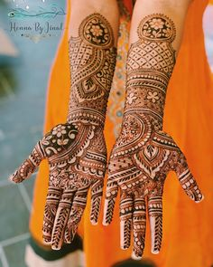 Bridal Mehndi or Henna Designs for Full Hands Basic Mehndi Designs, Mehndi Designs For Beginners, Bridal Henna Designs, Mehndi Design Photos, Bridal Mehndi, Karva Chauth Mehndi Designs, Dulhan Mehndi Designs, Best Mehndi, Henna Mehndi