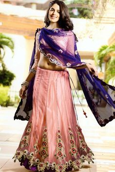 Delightful Party Wear Lehenga GRI1719    http://www.bharatplaza.in/womens-wear/lehengas/designer-lehengas/delightful-party-wear-lehenga-gri1719.html  https://www.facebook.com/bharatplazaindianbridal  https://twitter.com/bharatplaza_in