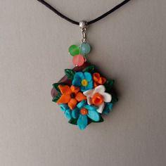 Collier fantaisie pendentif petites fleurs des champs
